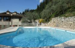 Residence con piscina sul lago di Garda, vi aspettiamo con entusiasmo