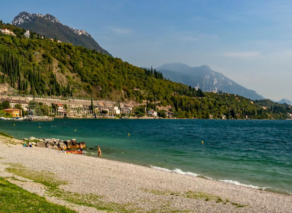 spiaggia residence lago di garda